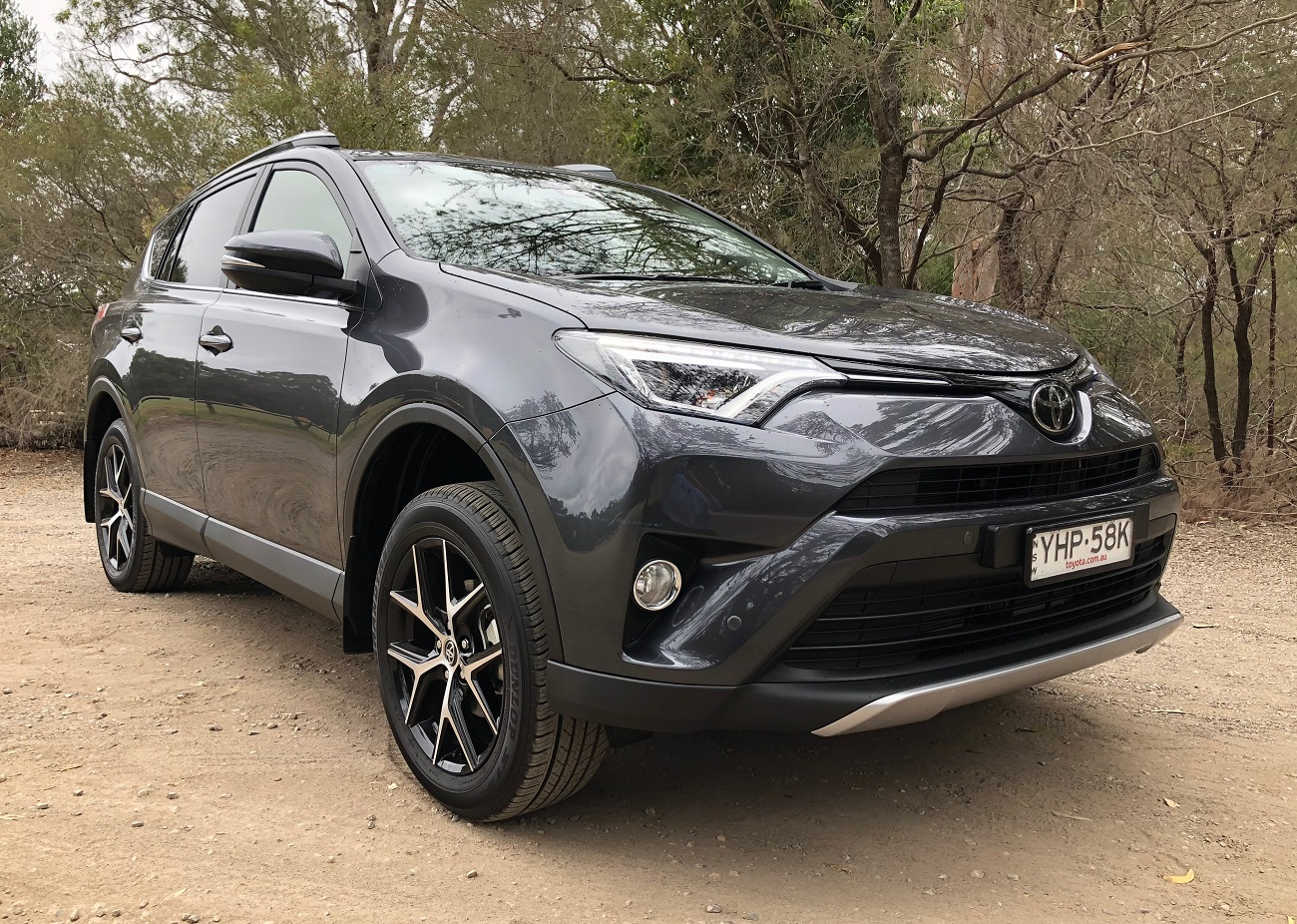 2018 toyota rav4 gxl review toyota lifestyle. Black Bedroom Furniture Sets. Home Design Ideas