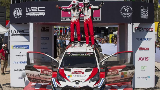 Tänak and co-driver Martin Järveoja celebrate victory in Rally Turkey